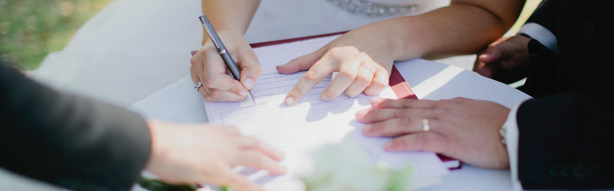 contrat-de-mariage_249144_wide
