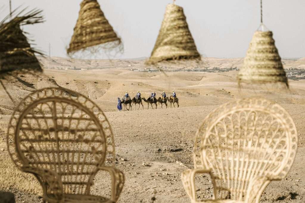 Célébration du mariage dans le désert d'Agafay